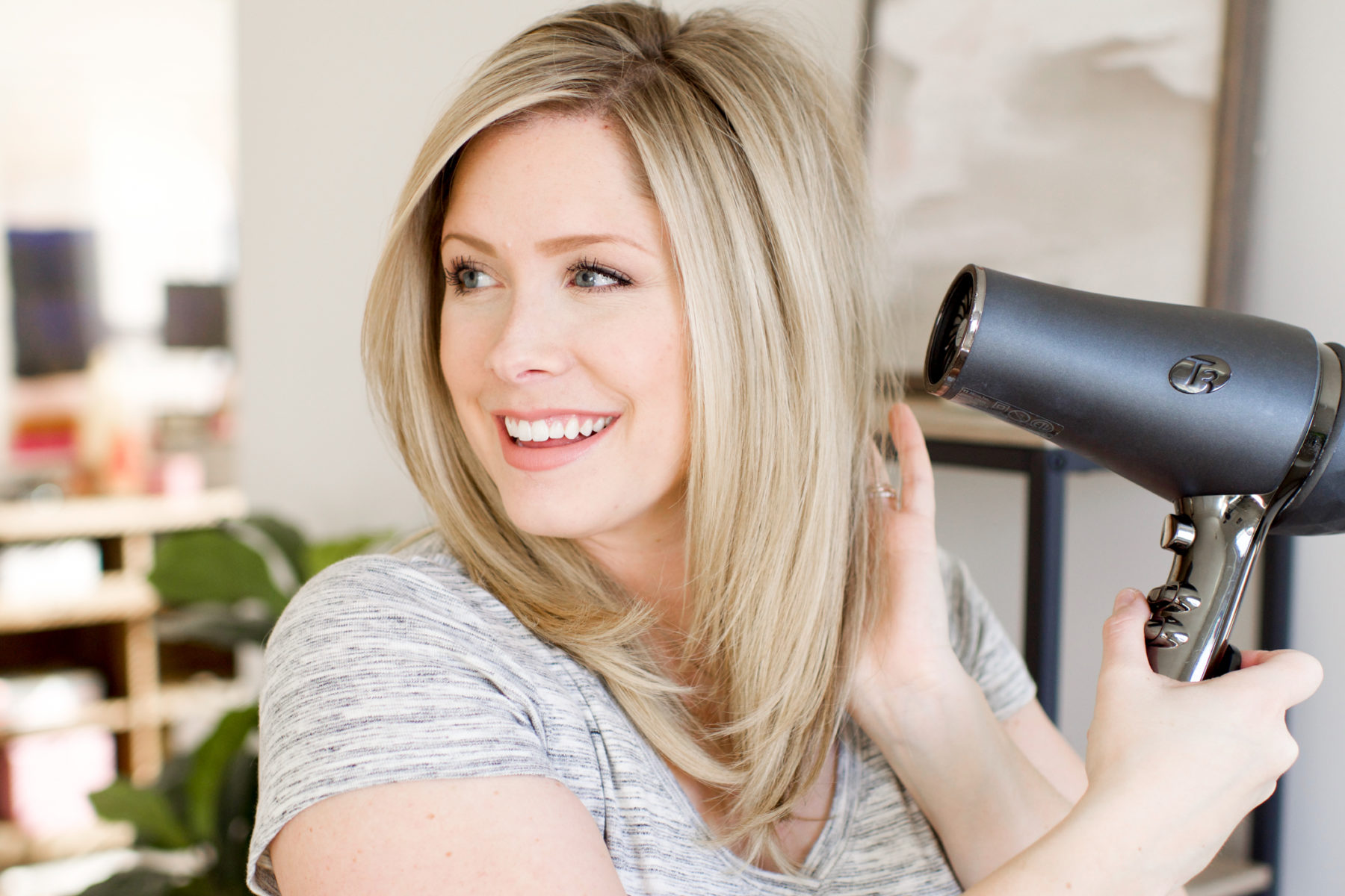 The Blow Dry Mistakes You May Be Making And How To Fix Them The Small Things Blog